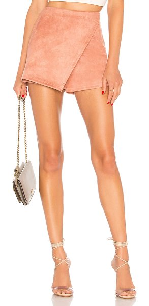 About Us Addy Faux Suede Skort in rose