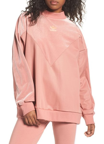Adidas Originals originals oversize velvet sweater in raw pink - A cozy, oversized pullover takes an extravagant turn...