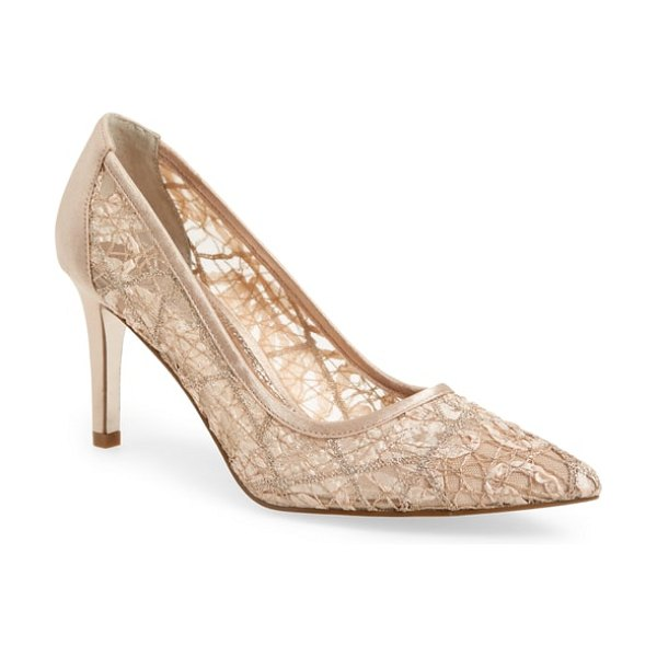 Adrianna Papell hazyl pointy toe pump in blush lace fabric