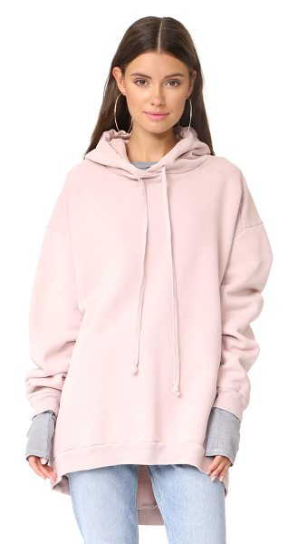 AGOLDE high low hoodie in smoke pink - An oversized AGOLDE hoodie with a high-low hem. Ribbed...