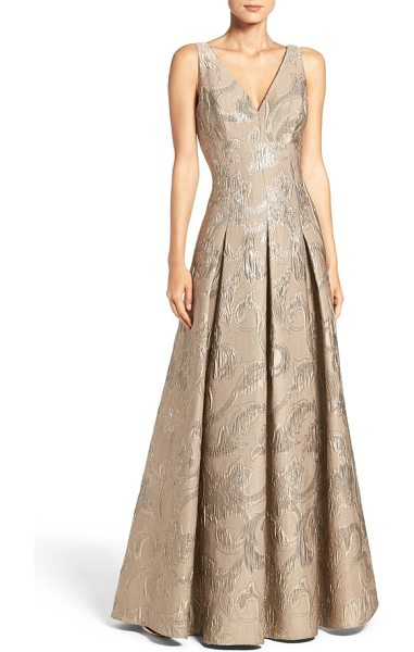 Aidan Mattox metallic jacquard ballgown in gold - Jacquard-woven brocade glimmers throughout this sleekly...