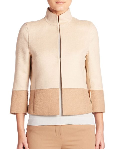 AKRIS reversible two-tone cropped jacket in champagne - Reversible two-tone jacket crafted in double-face...
