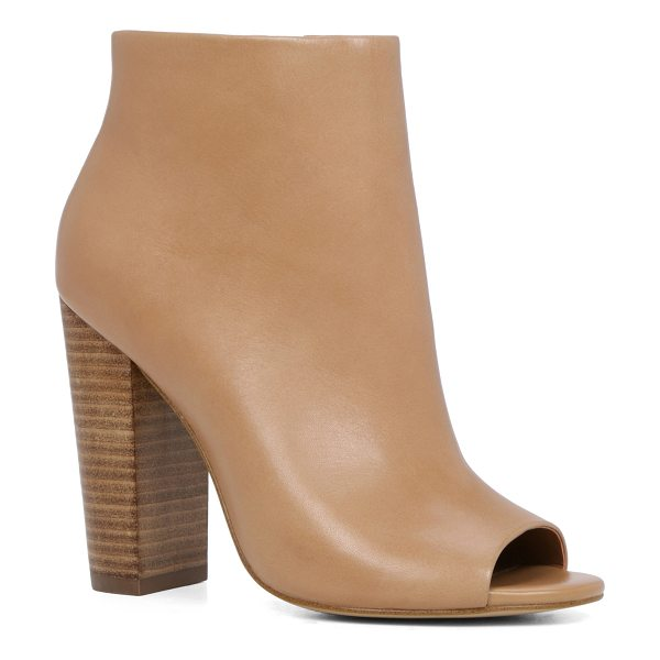 ALDO Balestreri in camel - From off-duty excursions to in-the-office calls, these...