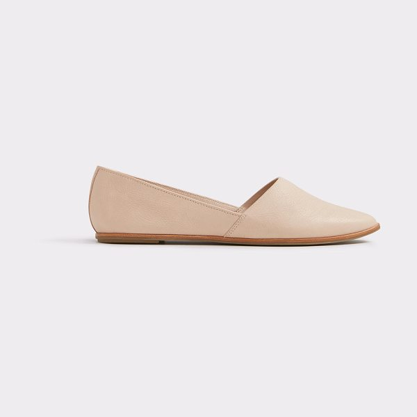 ALDO Blanchette in light pink - Low-key, stylish and simply chic, our leather slip-ons...