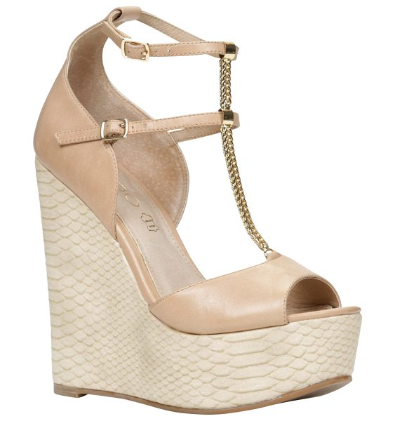 ALDO Chiesina pumps in white/cream - You will definitely love these gorgeous mega wedge...