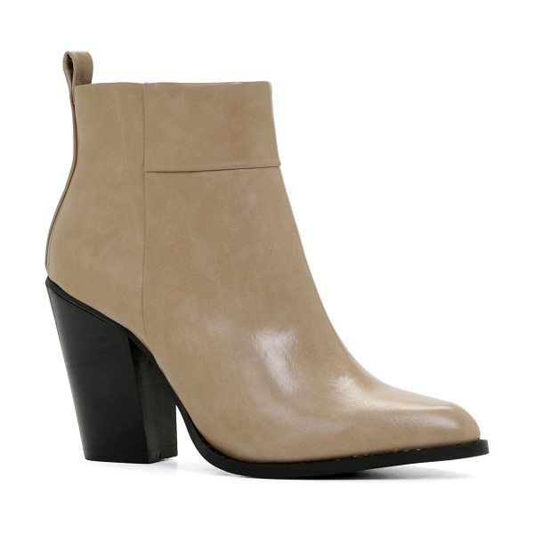 ALDO Cortazzo in taupe - Channel simple elegance and style with these clean-line...