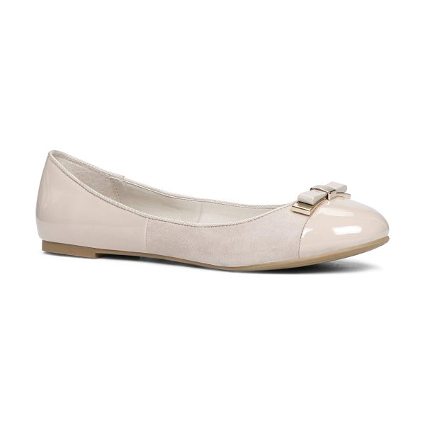 ALDO Gwoillan flats in beige/taupe - These fashionable and versatile ballet flats can be...