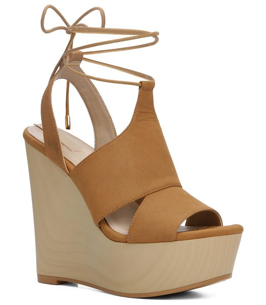 ALDO Gwyni in camel - Sky-high for high style. This is the platform for those...