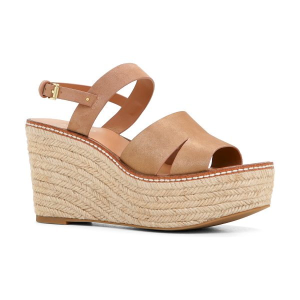 ALDO Margarita in gold - Add that little something extra to your summer look with...