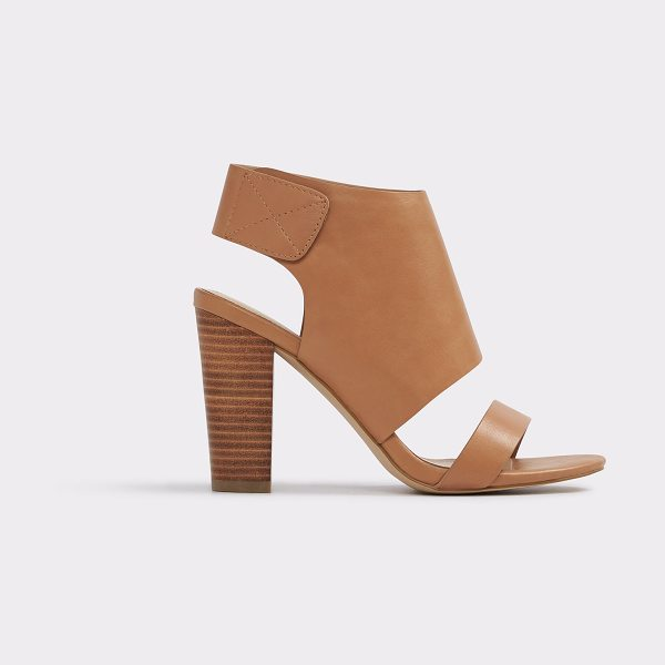 ALDO Mukai in camel - Wide leather-like strap and blocky heel play with scale...