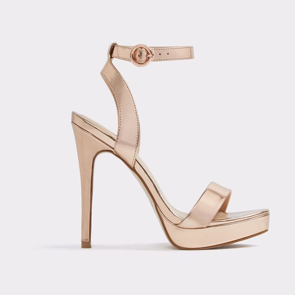 ALDO Nyderralla in metallic - Sleek, sexy and made for any occasion, platforms lend an...