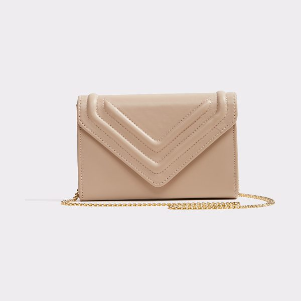ALDO Pauliarbarei in natural - Get a handle on style with this ladylike clutch in wipe...