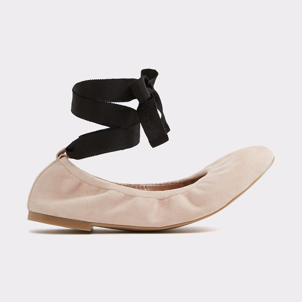 ALDO Phay in light pink - Take the stage in this perfect stretch leather ballet...