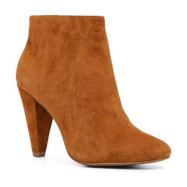 ALDO Sabre in cognac - Aim for sophisticated and edgy with these sleek...