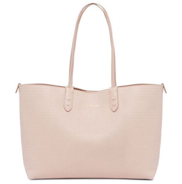 Alexander McQueen medium leather shopper tote in nude - Subtle crisp textured add depth to this essential tote....