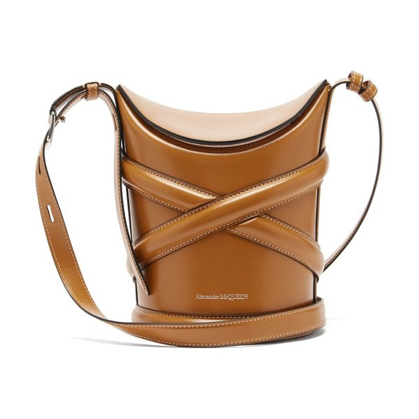 Alexander McQueen the curve small harness-strap leather bucket bag in tan