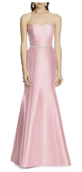Alfred Sung strapless sateen trumpet gown in blossom - A timeless design with a quietly stated elegance, a...