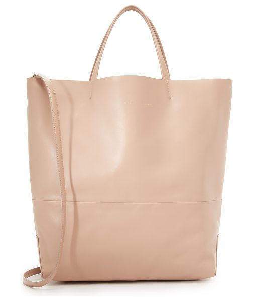 Alice.D Large tote in cipria - A slouchy Alice.D tote in rich leather. Laser cut top...
