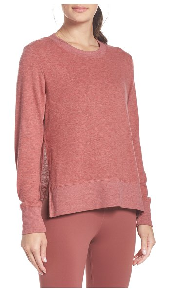 Alo Yoga 'glimpse' long sleeve top in rosewood heather