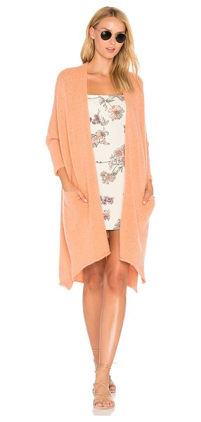 American Vintage Vacaville Midi Cardigan in peach - 32% wool 30% acrylic 20% mohair 16% polyamide 2%...