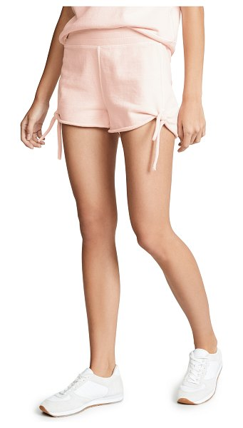 AMO tie shorts in pale pink