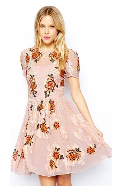 Asos Embellished flowers dress in peach - Hand Wash Only. Lining 1: 100% Polyester Lining 2: 100%...
