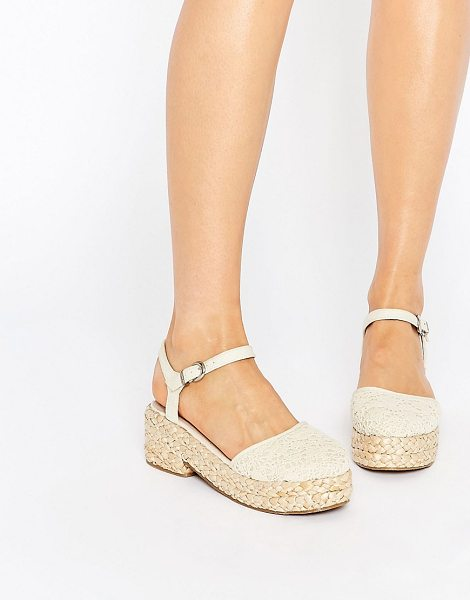 Asos Opal flatform shoes in cream crochet - Flat shoes by ASOS Collection Textile upper Pin buckle...