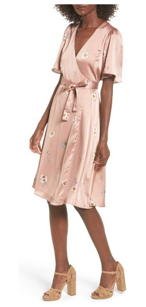 ASTR THE LABEL fiona wrap dress - Pretty and feminine, this wrap-front dress has a...