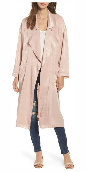 ASTR THE LABEL satin trench coat - This satin trench coat is the perfect lightweight layer...