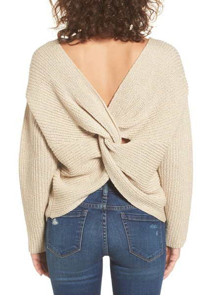 ASTR THE LABEL twist back sweater - Combining the comfort of a sweater with the contemporary...