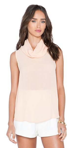 Backstage Ash top in peach - 100% viscose. Hand wash cold. BACK-WS87. 23 461 563....