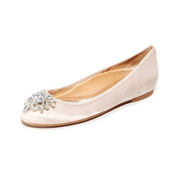 Badgley Mischka bianca flats in light pink - Elegant satin Badgley Mischka flats with a shimmering...