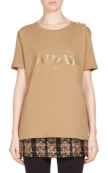 Balmain buttoned logo tee in tan - On-trend relaxed tee in metallic and decorative button...