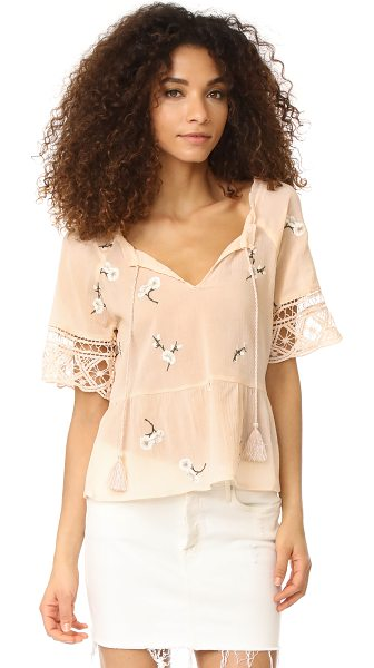 BB Dakota alecia embroidered lace trim top in peach blossom - This breezy BB Dakota blouse is embellished with floral...