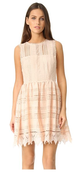 BB DAKOTA elissa crochet lace dress - A casual BB Dakota dress composed of crocheted lace. The...