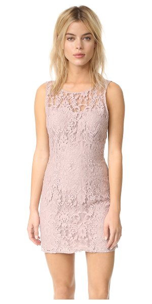 BB DAKOTA thessaly sleeveless lace dress - A formfitting BB Dakota dress composed of webbed lace...