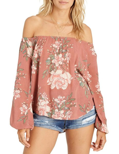 Billabong mi amore print off the shoulder top in pink - Show off sun-kissed shoulders in this breezy top that's...