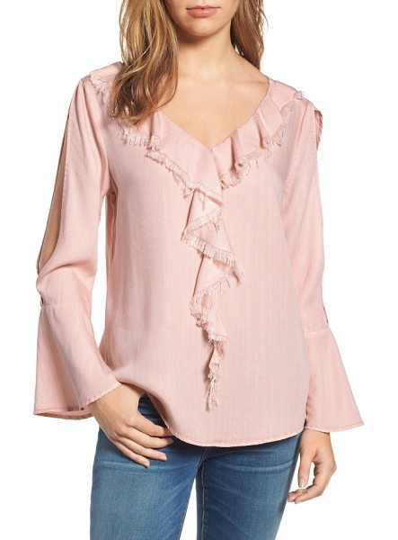 BILLY T ruffle front top in dusty pink - Fluttery, softly fringed ruffles run down the front of a...