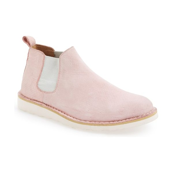Blackstone 'll72' chukka boot in pink nubuck leather - Lizard-embossed nubuck with a water-resistant finish...