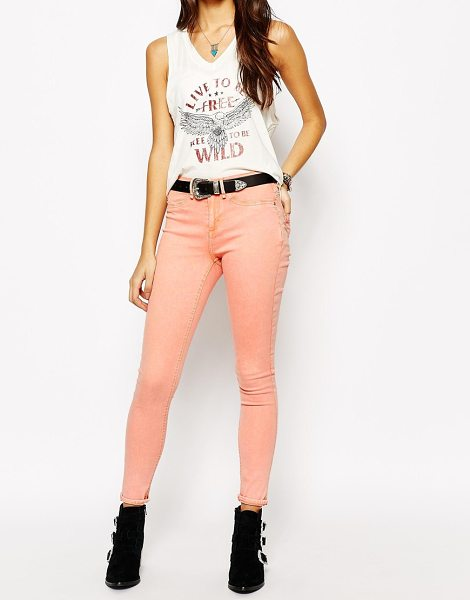 Blend Pastel skinny jeans in peach - Skinny jeans by Blend Stretch cotton denim Mid-rise...