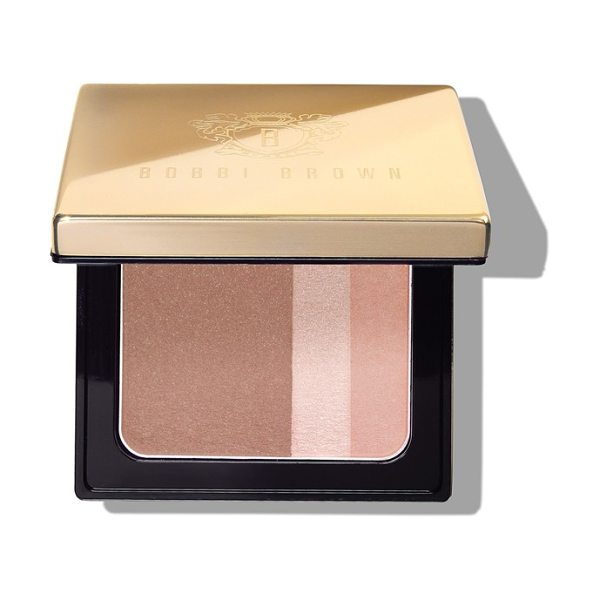 BOBBI BROWN brightening blush in pink truffle - What it is: An ultrasoft, bronzy blush that warms up...