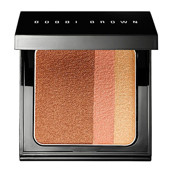 Bobbi Brown brightening blush blush bronze - A limited-edition blush compact that leaves the...