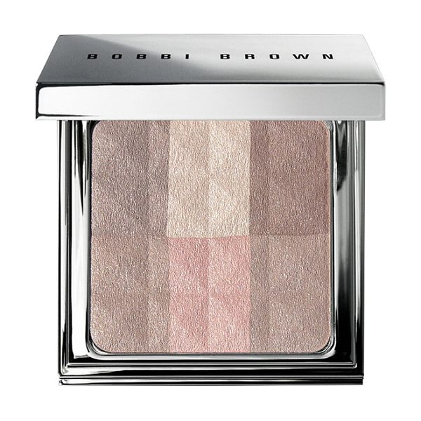Bobbi Brown Brightening finishing powder in bright finish