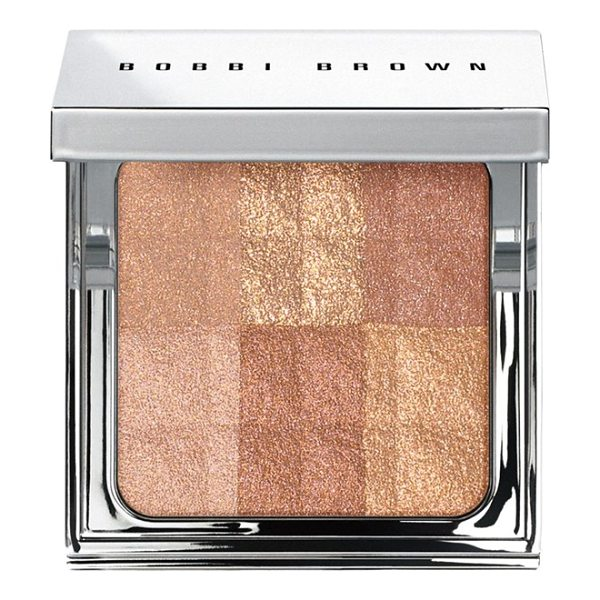 BOBBI BROWN brightening finishing powder - What it is: An allover powder that instantly illuminates...