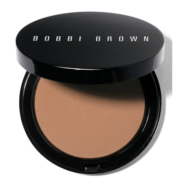 Bobbi Brown bronzing powder in natural