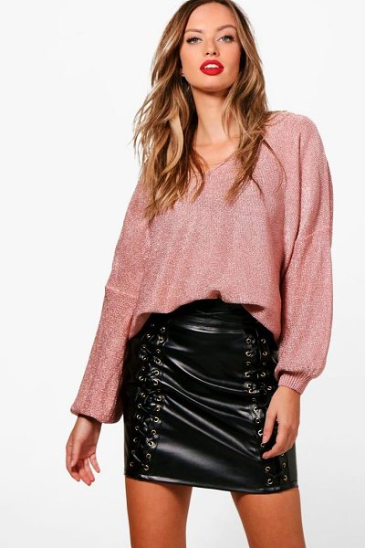 Boohoo Abbie Metallic Jumper in rose gold - Nail new season knitwear in the jumpers and cardigans...