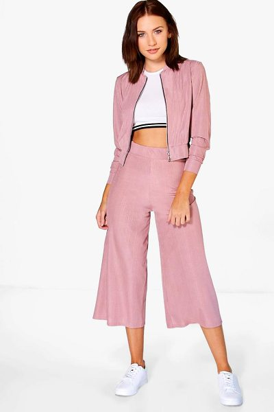 Boohoo Abigail Crinkle Culotte in mauve - Trousers are a more sophisticated alternative to...