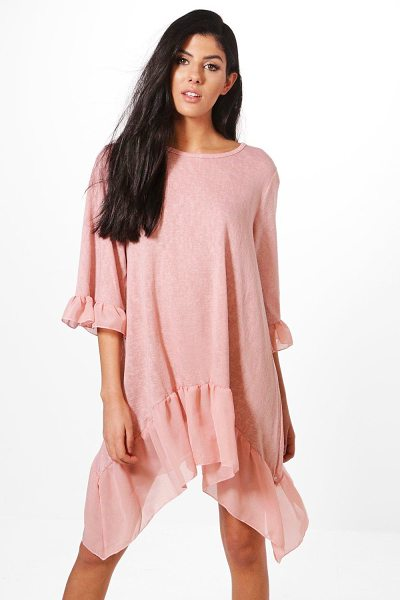 BOOHOO Aimee Ruffle Hem Dress - Nail new season knitwear in the jumpers and cardigans...