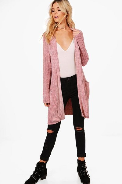 Boohoo Chenille Slouchy Cardigan in blush - Nail new season knitwear in the jumpers and cardigans...