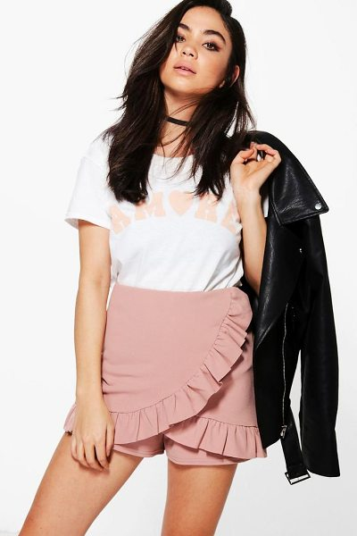 Boohoo Alice Ruffle Detail Skort in rose
